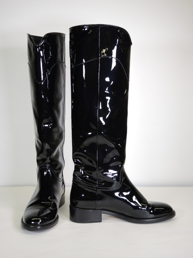 089982a6c409 Size 7.5 (European 38). These amazing boots retailed for  1