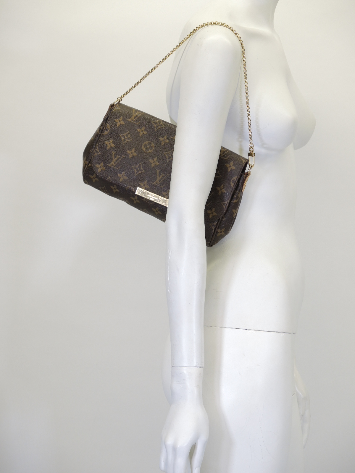 98b2634615e257 reduced prada logo crossbody bag nude neutrals 0becd 8d45b; netherlands  prada olive leather medium double zip tote sold d65a9 30d30